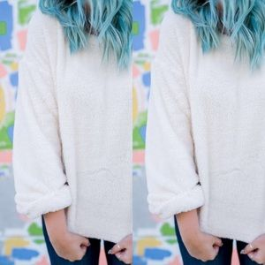 Sweaters - White Soft Pullover Sweater